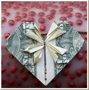 13-amazing-money-origami-heart1